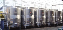 Vertical red winemaking tanks SELECOMPACT